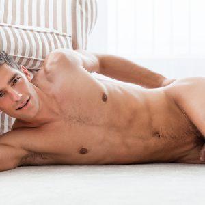 Ariel Vanean Nude
