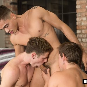 Bareback threesome gay porn from Helix Studios