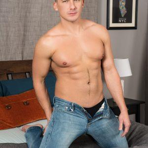 Muscular gay porn stars hardcore fucking