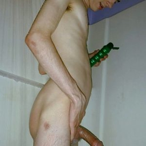 Hung Nude Twink