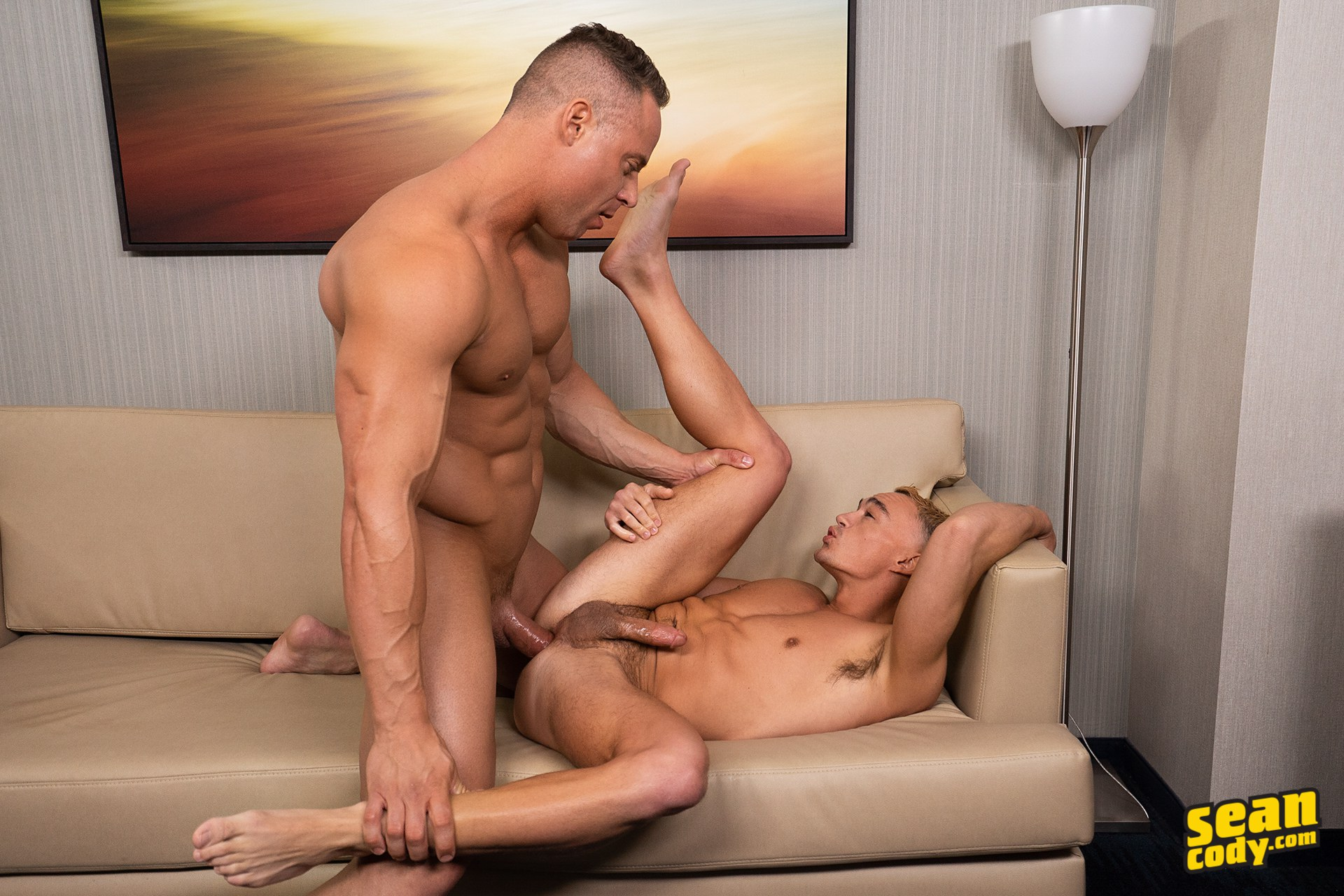 Big gay hunk fucking his little stud buddy