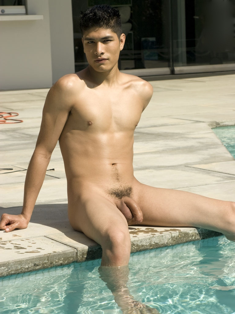 Nudist with big penis