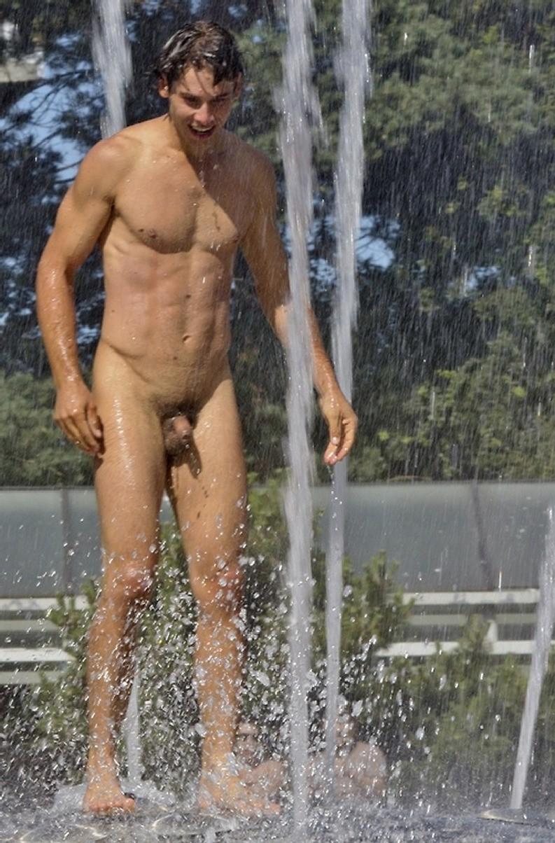 naked-naked-man-at-water-park-nude-swedish-women